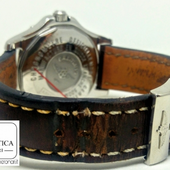 Breitling Colt GMT con ardiglione