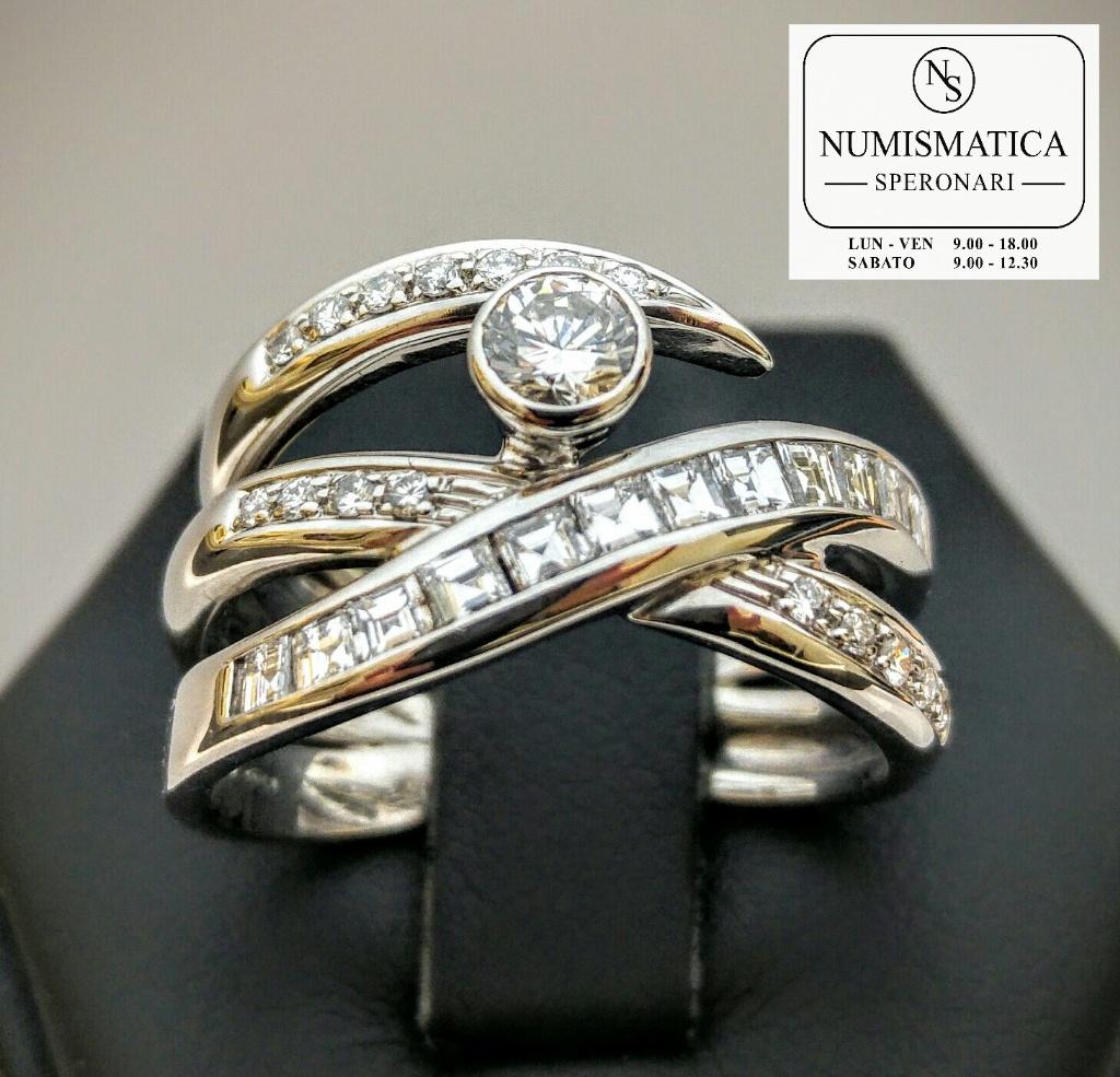 Anello Alfieri & St John oro e diamanti